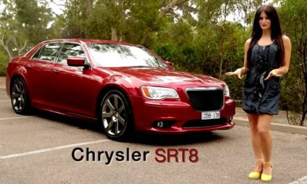 2013 Chrysler 300 – SRT8