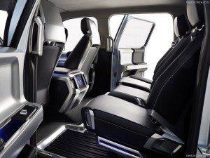 Ford-Atlas_Concept_2013_interior2