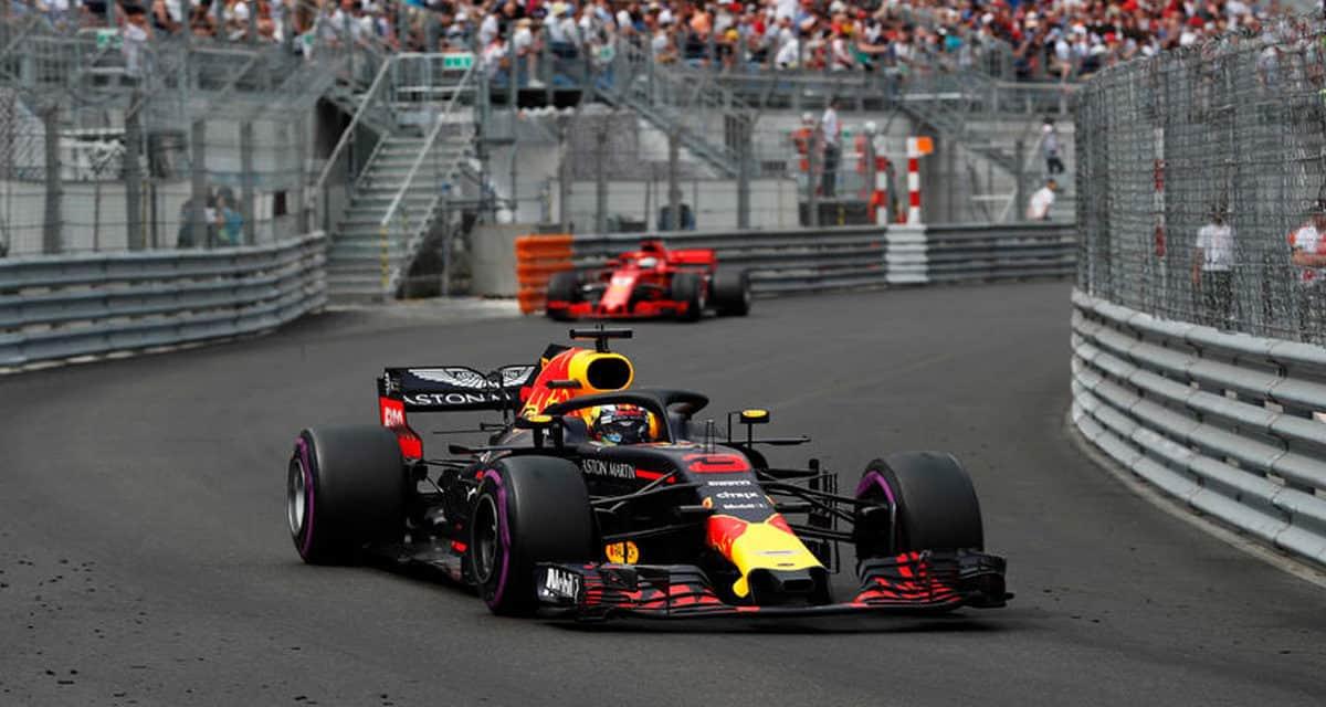 Ricciardo coaxes car across line