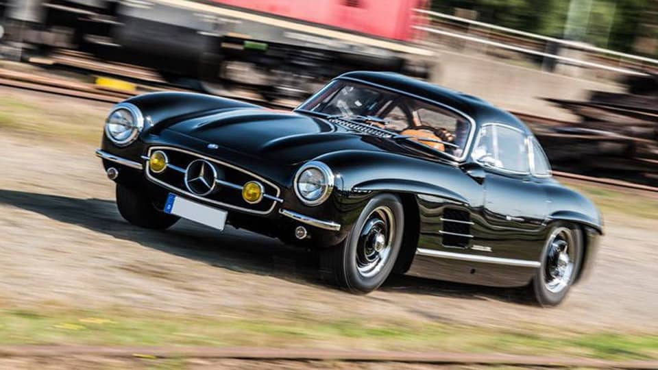 Rare Gullwing gone in 60 seconds