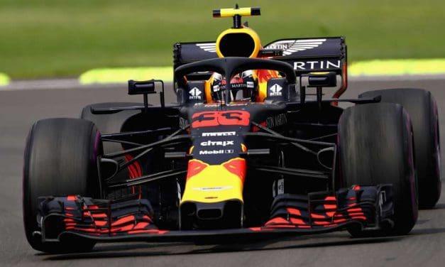 Evil gremlins out to get Ricciardo
