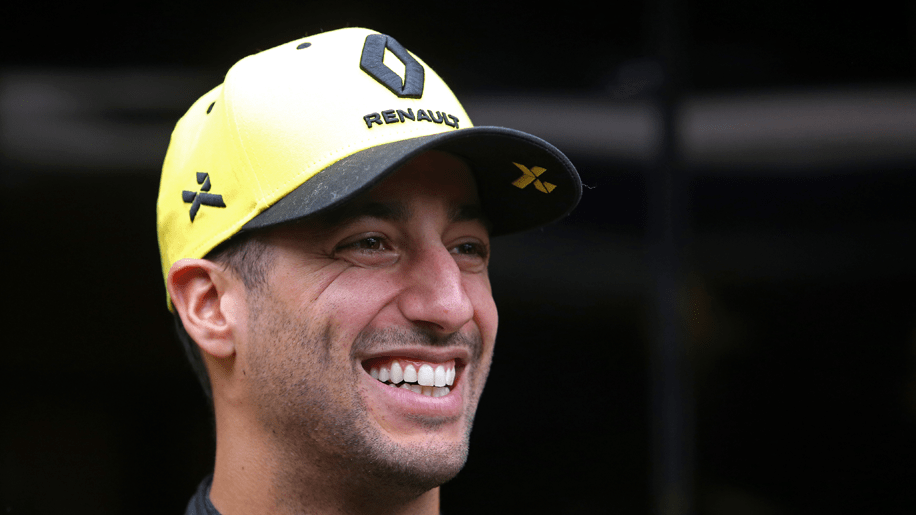 All eyes on the Ricciardo and Renault show