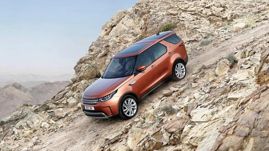 2019-land-rover-discovery-gallery-4